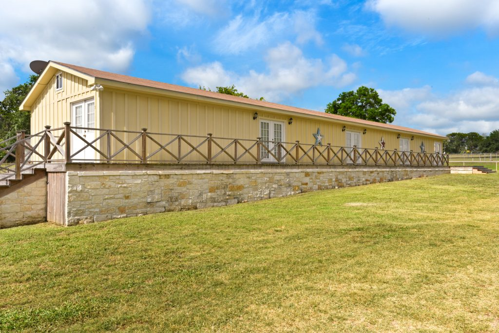 Suites 1-5 Exterior | Coyote Station Roundtop Texas