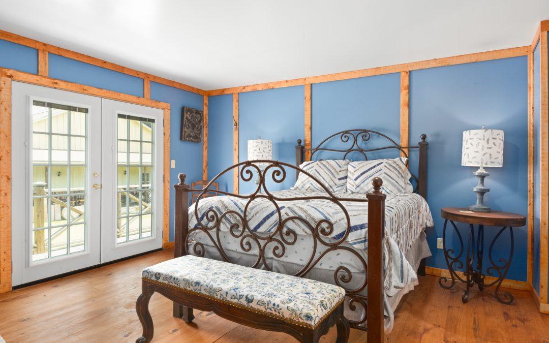 Suite 4 | King & Full Bed | Sleeps 4