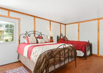 Suite 6 | Coyote Station Roundtop Texas